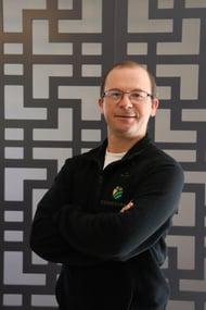 O professor Doutor Antônio Luis Santi é professor da UFSM (Universidade Federal de Santa Maria RS), coordenador do LAPSul (Laboratório de Agricultura de Precisão da UFSM) e diretor técnico da ConnectFarm.